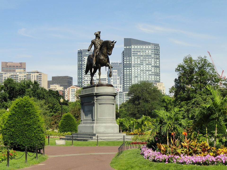 this picture shows the Paul Revere Park in Boston MA